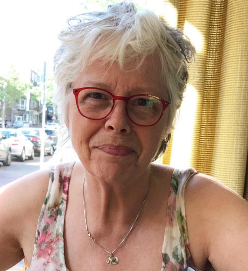 AnitA van Kempen, medeoprichting Stichting WereldVredesVlam Nijmegen en secretaris van de werkgroep.
